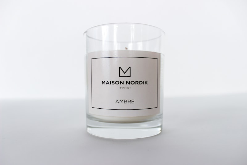 bougies parfumees maison nordik 8 maison nordik. Black Bedroom Furniture Sets. Home Design Ideas