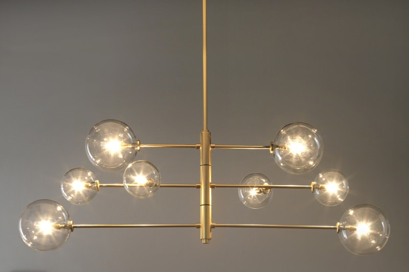 Luminaire doré