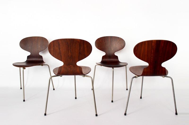 danish modern vintage teck palissandre rio années 50 années 60 années 70 mobilier ancien danois scandinave meubles design designer arne jacobsen fritz hansen chaise fourmi 3 pieds table repas à manger