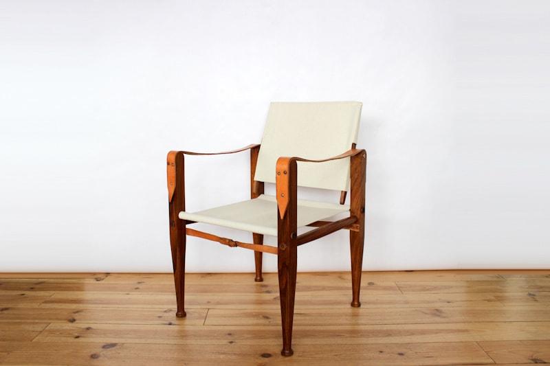 chaise fauteuil assise siège scandinave danemark vintage teck palissandre de rio design designer danish modern maison nordik paris Rud. Rasmussen kaare klint safari