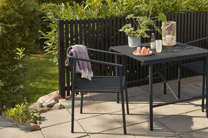 danish modern mid century vintage teck palissandre rio années 50 années 60 années 70 mobilier meuble ancien danois danemark scandinave maison nordik paris meubles décoration design editeur designer hubsch chaise assise en métal gris pour le jardin pour l'extérieur référence 990942