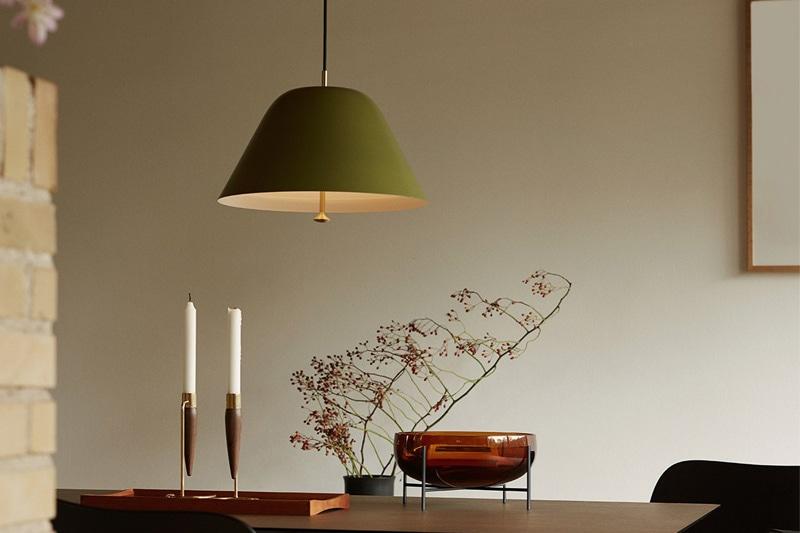 danish modern mid century vintage teck palissandre rio années 50 années 60 années 70 mobilier meuble ancien danois danemark scandinave maison nordik paris meubles décoration design éditeur designer marque menu danemark suspension modèle levitate pendant 2 tailles 3 couleurs lampe luminaire éclairage plafonnier